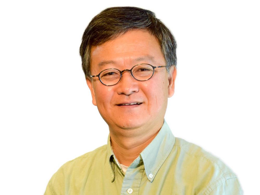 Dr. Mo-Yuen Chow