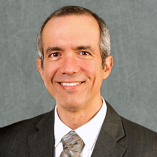 Dr. Erik Santiso